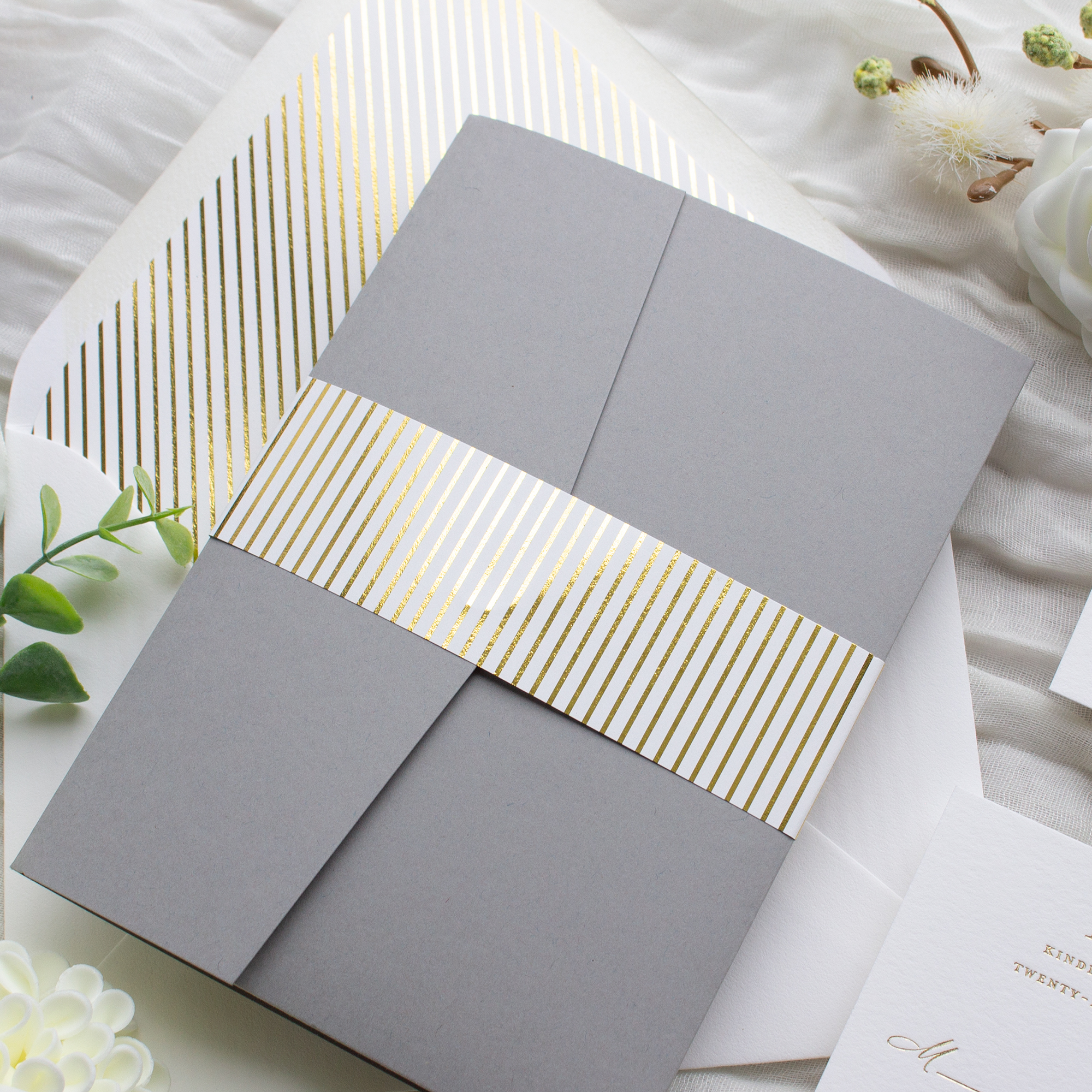 striped belly band pocket folder